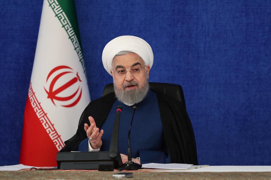 روحانی: باور کنیم در جنگ هستیم؛ آمریکا با تمام امکانات وارد شده است | نباید عدهای کنار نشسته و بگویند اگر دولت آنگونه رفتار میکرد بهتر بود