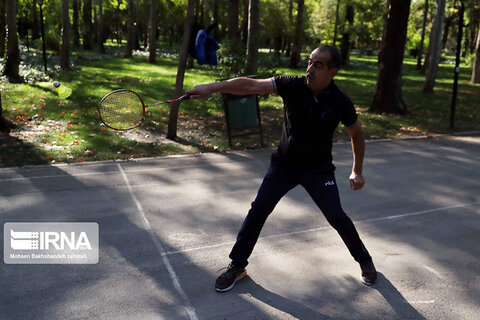 مسابقات بدمینتون پارکی در مشهد