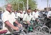 دوچرخهسواری سالمندان همراه با  شهردار تهران