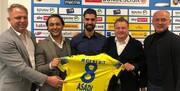 تصویر | امضای قرارداد رضا اسدی با تیم اتریشی