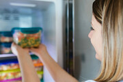 نکاتی برای فریز کردن مواد غذایی | مدت نگهداری مواد غذایی در فریزر چقدر است؟