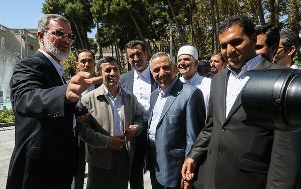 احمدی نژاد رویانیان