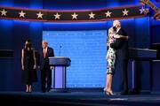 عکس | تفاوت رفتار ملانیا ترامپ و جیل بایدن با شوهران خود در مناظره انتخاباتی آمریکا