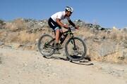 صعود دوچرخهسوار دورودی به ۳۱ قله مرتفع ایران