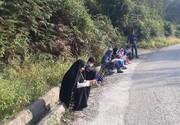 برگزاری کلاسهای آنلاین کنار جاده! | دانشآموزانی که برای دسترسی به اینترنت و شاد هر روز به جاده میزنند