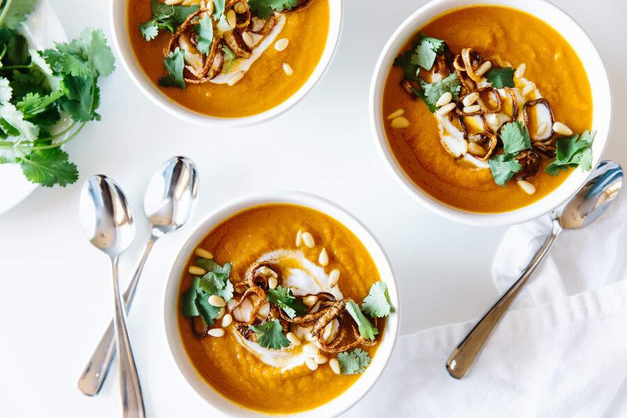 سوپ هویج و زنجیبل