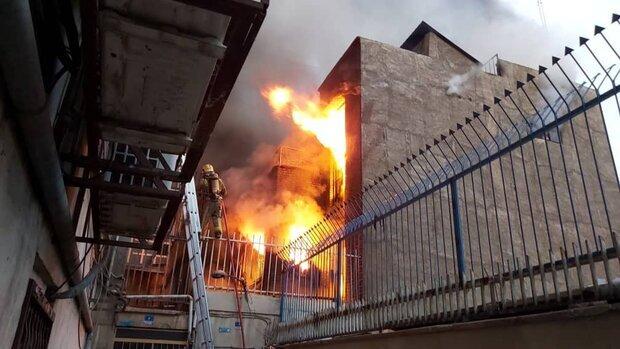 آتشسوزی در خیابان جمهوری