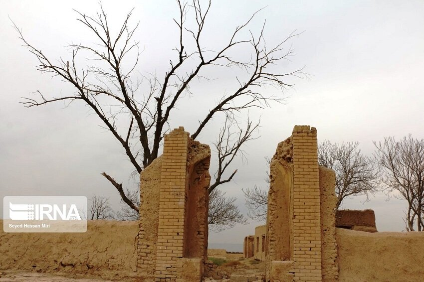 روستای متروک عزیزآباد ورامین