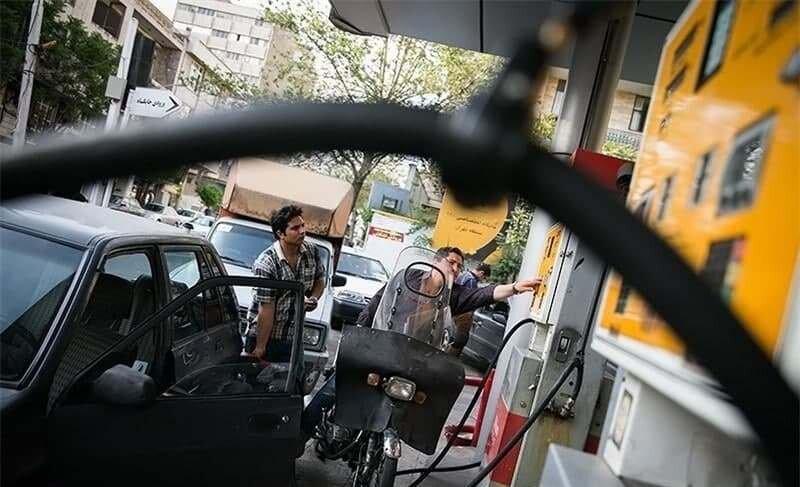 آتش سوزی پمپ بنزین