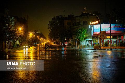 تقاطع خیابان انقلاب و وصال