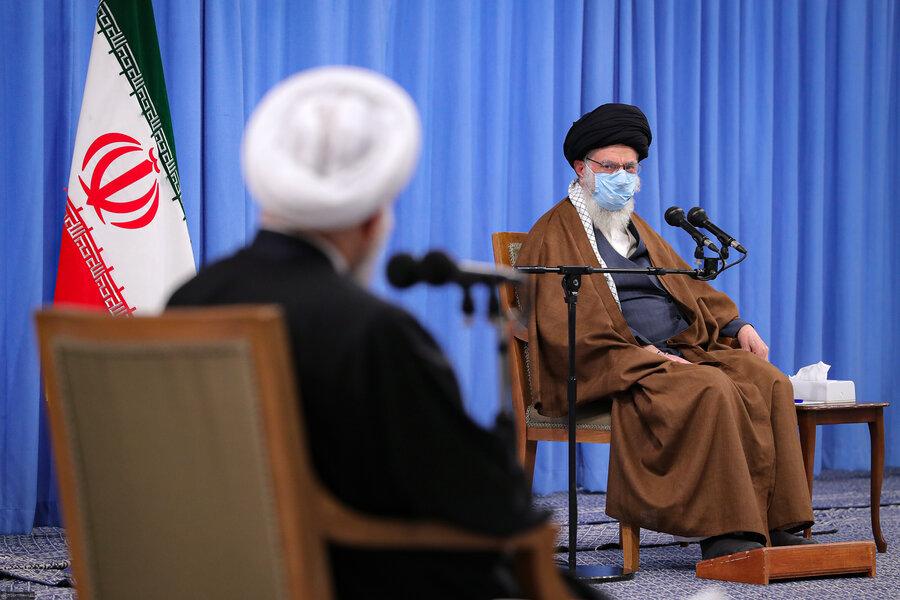 تصاویر روحانی، قالیباف و رئیسی در جلسه شورایعالی اقتصادی با حضور رهبر انقلاب