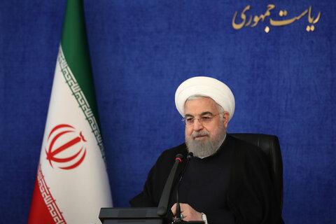 واکنش روحانی به انتقادها از غیبت در مجلس برای تقدیم لایحه بودجه ۱۴۰۰