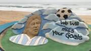 ویدئو | هنرمند هندی مجسمه شنی مارادونا را میسازد