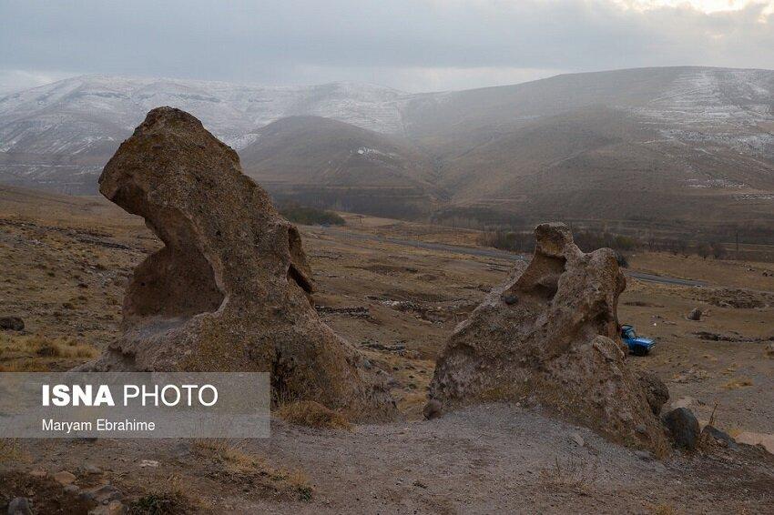 حیلهور، روستایی زیرخاکی