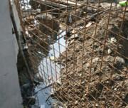 تخلیه فاضلاب انسانی در کانال آبهای سطحی!