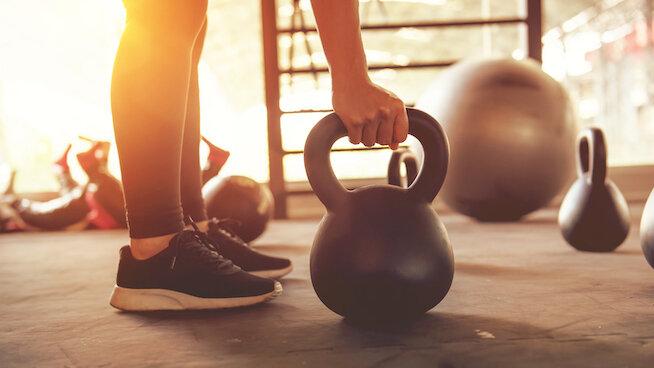 مصرف این نوشیدنی قبل از ورزش باعث چربیسوزی بیشتر میشود