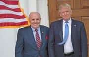 حکم دادگاه عالی نیویورک علیه وکیل ترامپ | رودی جولیانی حق وکالت ندارد