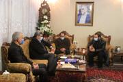 تصاویر   دیدار شهردار تهران با خانواده شهید فخریزاده