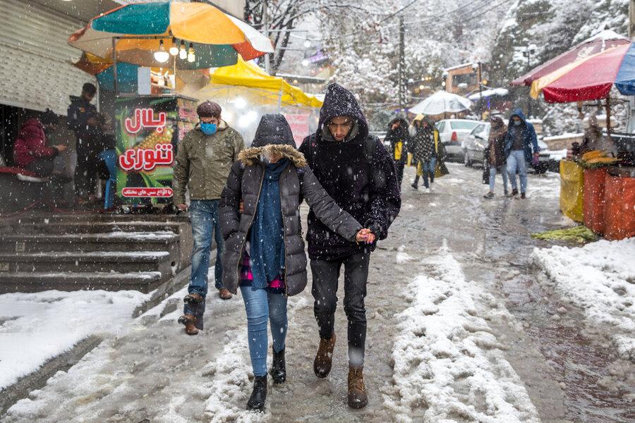 بارش برف پاییزی در شمال تهران