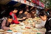 رقابت نویسندههای جوان با رمانهای کلاسیک در بازار کتاب چین