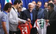واکنش احمدینژاد به دخالتش در برکناری علی دایی | ماجرای راه ندادن احمدینژاد به رختکن توسط دایی