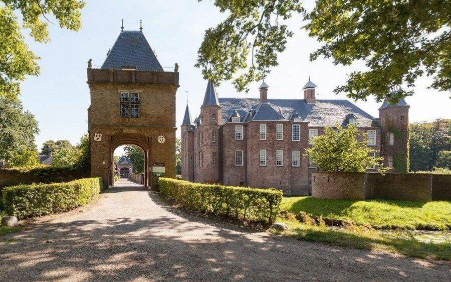 قلعه تاريخي زويلن در هلند