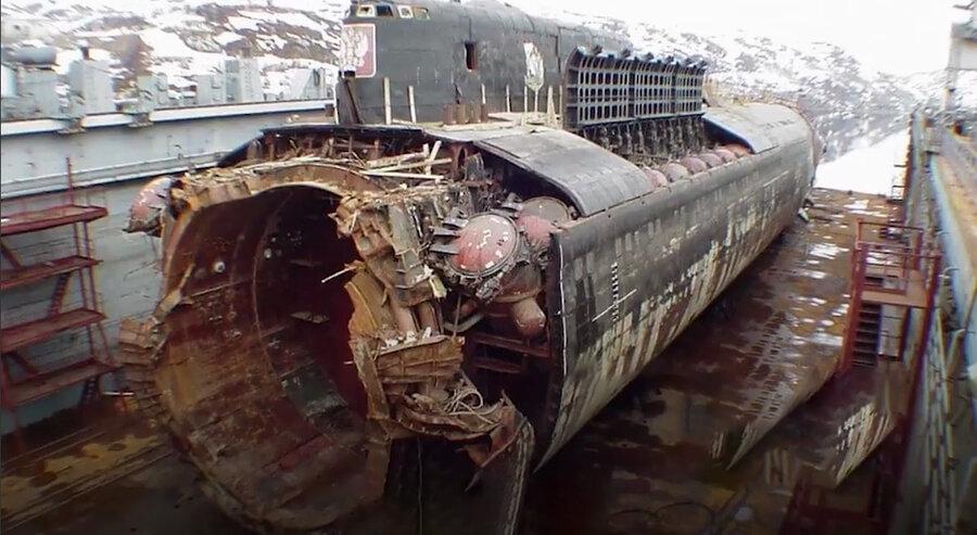 زیر دریایی هستهای غرق شده