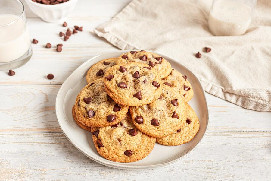 طرز تهیه کوکی شکلاتی در خانه | نکات طلایی برای ترد و خوشمزه شدن این شیرینی