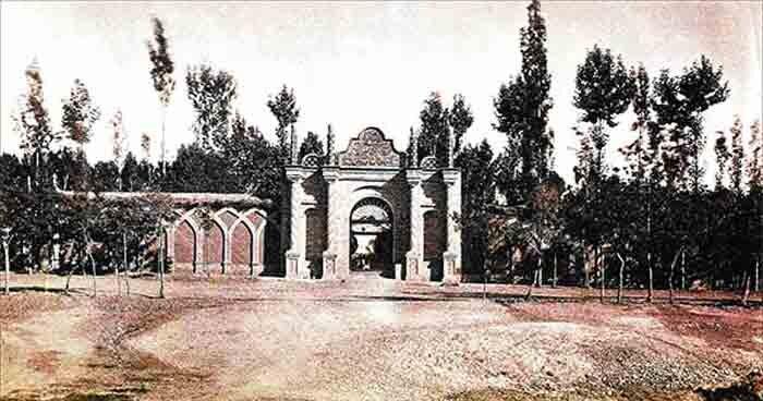 سلطنت آباد