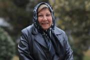 بانوی فعال محله بهار که سن و سال برایش معنا ندارد | در حضور «علی دایی»  هالتر زدم!