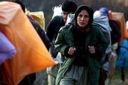 زنان و کودکان برخی استانها کولبری آب میکنند