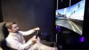 صفحه نمایش جدید ال جی به هنگام بازی خمیده میشود