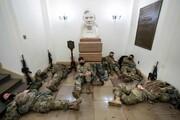 عکس روز| لینکلن در پناه سربازان مسلح