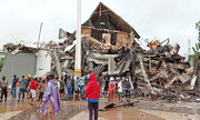 تصاویر | ۳۴ کشته در زلزله ۶.۲ ریشتری اندونزی | مردم از وحشت سونامی به بلندیها گریختهاند