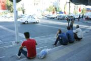 خسته از کرونا، بیکاری و نگاههای نامهربان