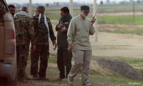 سردار سلیمانی و پسر شهید مغنیه در حرم امام رضا (ع) +عکس