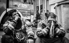 ببینید | مستند برج: روایت دردناک جستوجوی آتشنشانهای پلاسکو