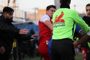 ویدیو |  زد و خورد شدید بازیکنان در پایان بازی گلگهر و تراکتور