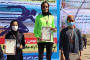 مدال طلای ماراتن قهرمانی ایران بر گردن بانوی چابهاری