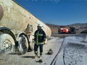 تصاویر | پیشگیری از انفجار تانکر گاز مایع در محور سمنان - دامغان