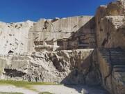 ایوان قدمگاه در ارسنجان مستندنگاری میشود
