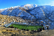 عکس | زیباترین زمین فوتبال ایران در دل کوهستان