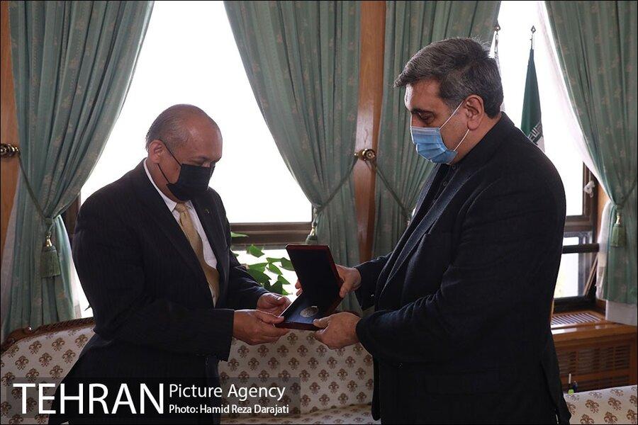 دیدار شهردار تهران و سفیر مالزی