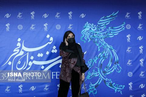 سحر دولتشاهی بازیگر فیلم «خط فرضی» در سی و نهمین جشنواره بینالمللی فیلم فجر