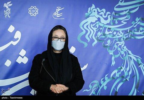 آزیتا حاجیان بازیگر فیلم «خط فرضی» در سی و نهمین جشنواره فیلم فجر