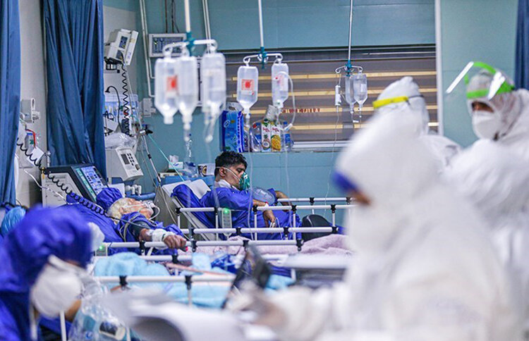 بخش بيماران كرونا در بيمارستان