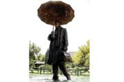 مـاجراهای مرد بارانی