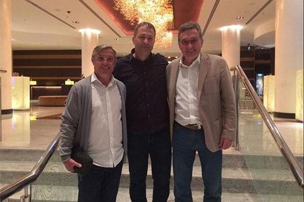 مردان کروات فوتبال ایران