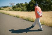 پیادهروی آهسته میتواند خطر مرگ و میر را درمیان بازماندگان سرطان افزایش دهد
