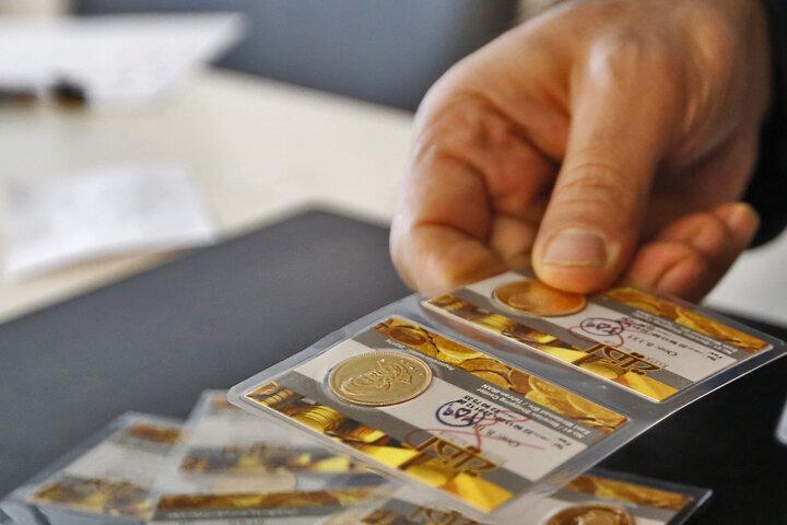 قیمت سکه به ۱۰ میلیون و ۷۶۰ هزار تومان رسید | جدیدترین نرخ طلا و سکه در ۲۴ اسفند ۹۹